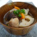 昆布と椎茸のおだしで作る根菜汁